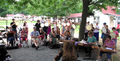 Greek Ensemble and Frame Drum Class join forces at Ramblewood 2008. (Margaret Loomis)