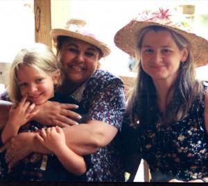 Marlis and Miriam with Esma Redžepova, Ramblewood 1997